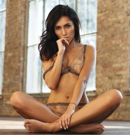 Anastasiya Avilova nackt anschauen